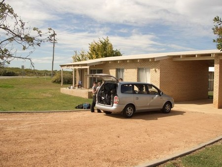 Cervantes Holiday Homes  Units - Newcastle Accommodation