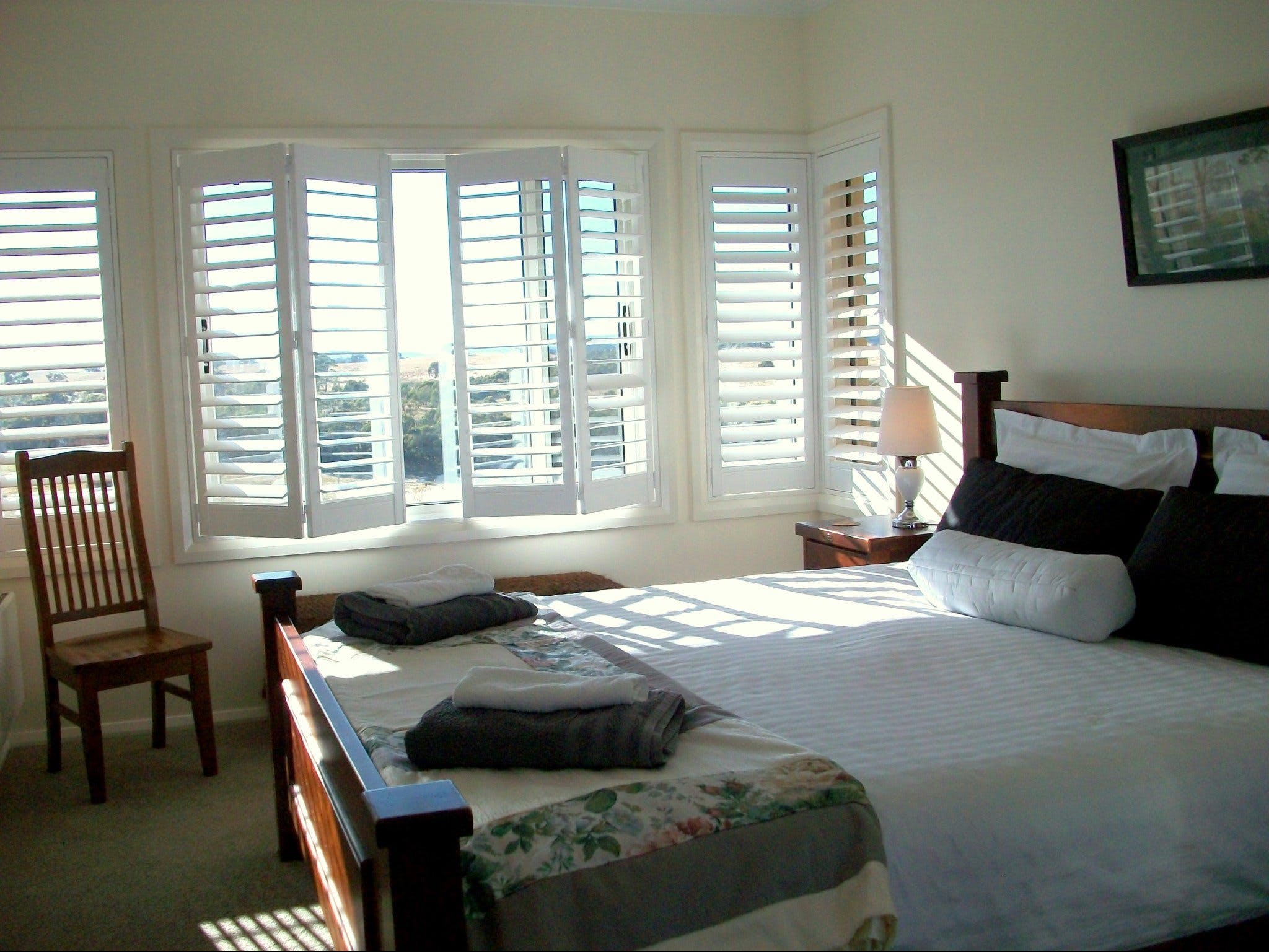 Heathcote Views Bed  Breakfast - Newcastle Accommodation