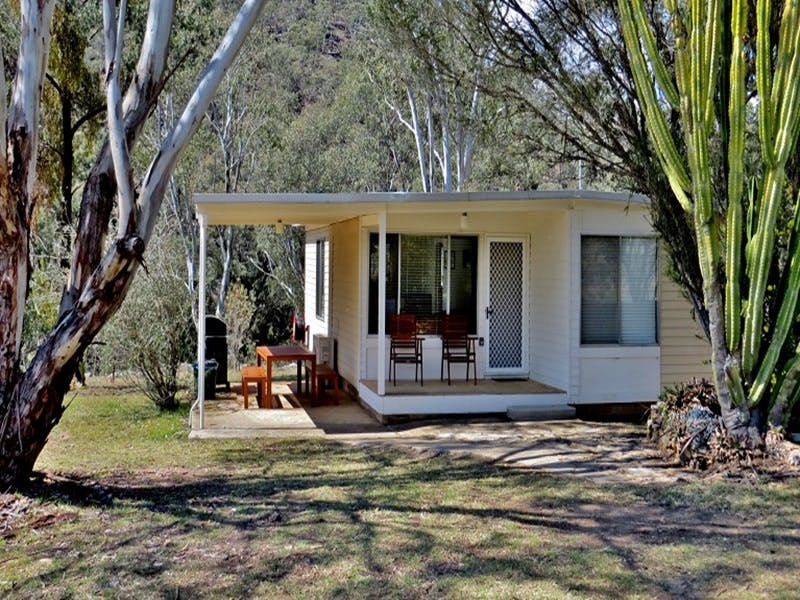 Capertee Cottage - Newcastle Accommodation