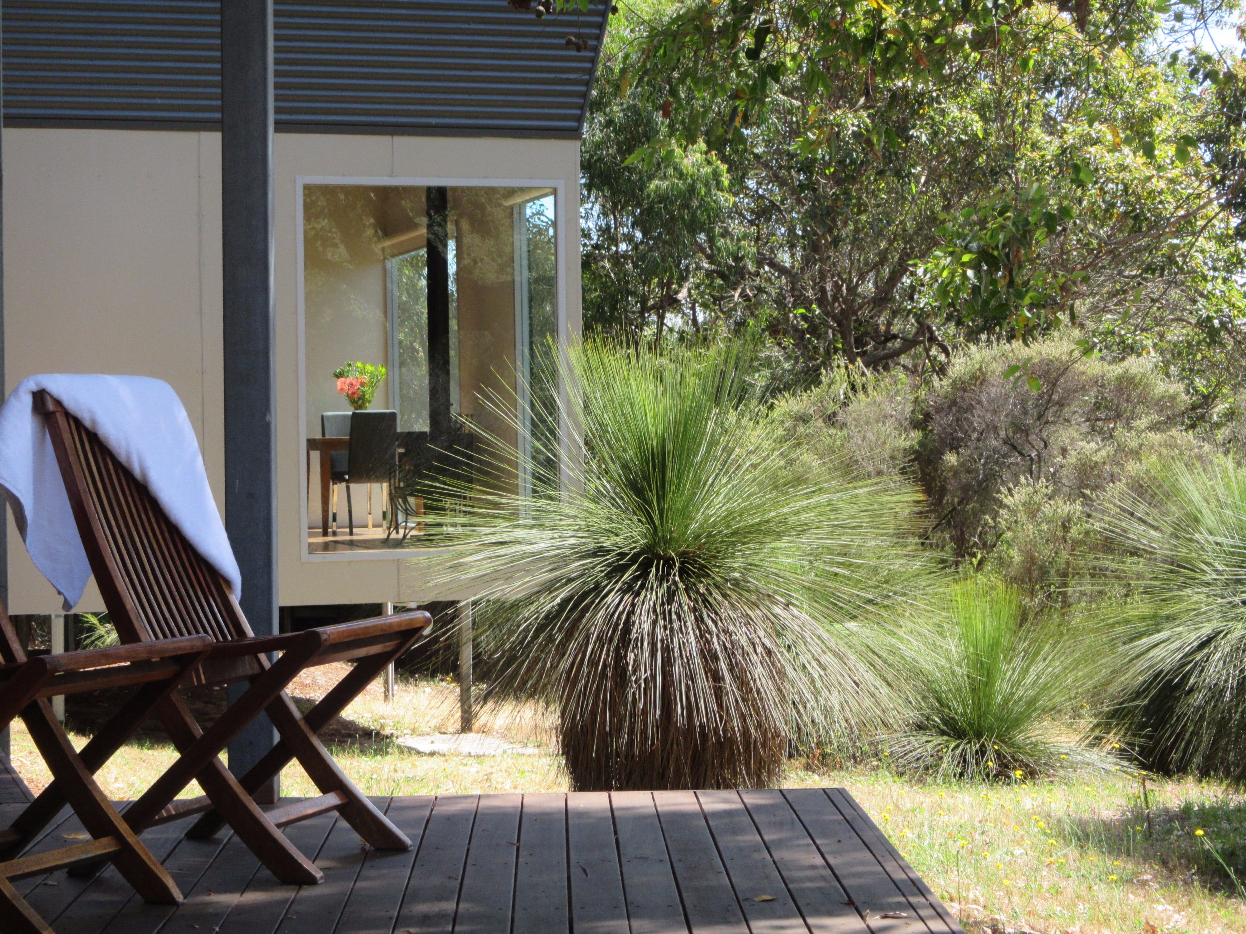 Hidden Valley Forest Retreat - Newcastle Accommodation