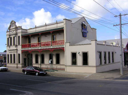 Mitchell River Tavern - Newcastle Accommodation
