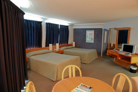Quality Hotel Lord Forrest - Newcastle Accommodation