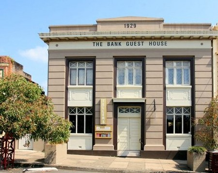 The Bank Guest House  Tellers Restaurant - Newcastle Accommodation