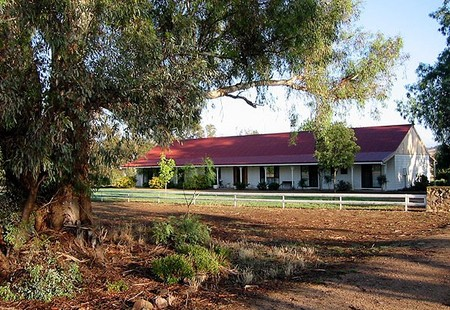 Hanericka Farm Stay - Newcastle Accommodation