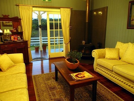 Branell Homestead Bed  Breakfast - Newcastle Accommodation