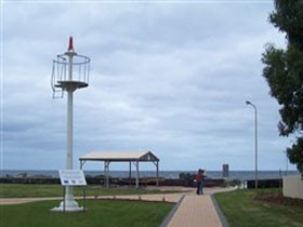 Turnbull Park Centenary Park and Foreshore - Newcastle Accommodation