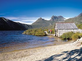 Dove Lake Circuit - Newcastle Accommodation