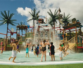 Wet 'n' Wild Water World - Newcastle Accommodation