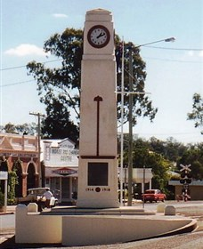 Goomeri War Memorial Clock - Newcastle Accommodation