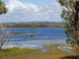 Lake Barfield - Newcastle Accommodation