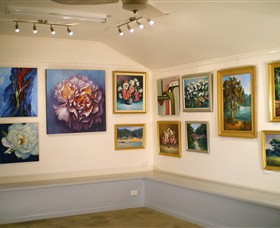 Ros McArthur Art Studio - Newcastle Accommodation