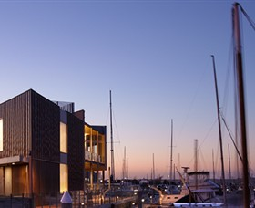 Queenscliff Harbour - Newcastle Accommodation