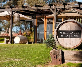 Saint Regis Winery Food  Wine Bar - Newcastle Accommodation