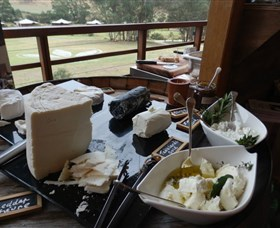 Jannei Artisan Cheese Makers - Newcastle Accommodation