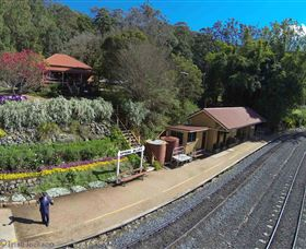 Spring Bluff Railway Station - Newcastle Accommodation