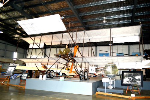 Australian Army Flying Museum - Newcastle Accommodation
