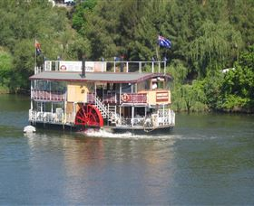 Hawkesbury Paddlewheeler - Newcastle Accommodation