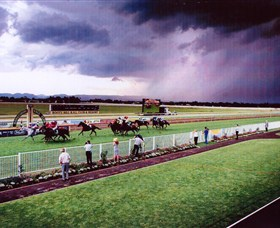 Hawkesbury Race Club - Newcastle Accommodation
