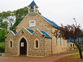 Christ Church Yankalilla - Newcastle Accommodation