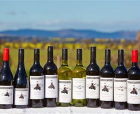 Houlaghans Valley Wines - Newcastle Accommodation