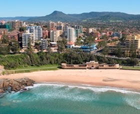 North Wollongong Beach - Newcastle Accommodation