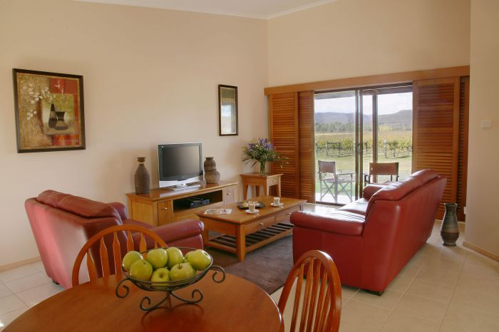 Nightingale Wines Luxury Villas - Newcastle Accommodation