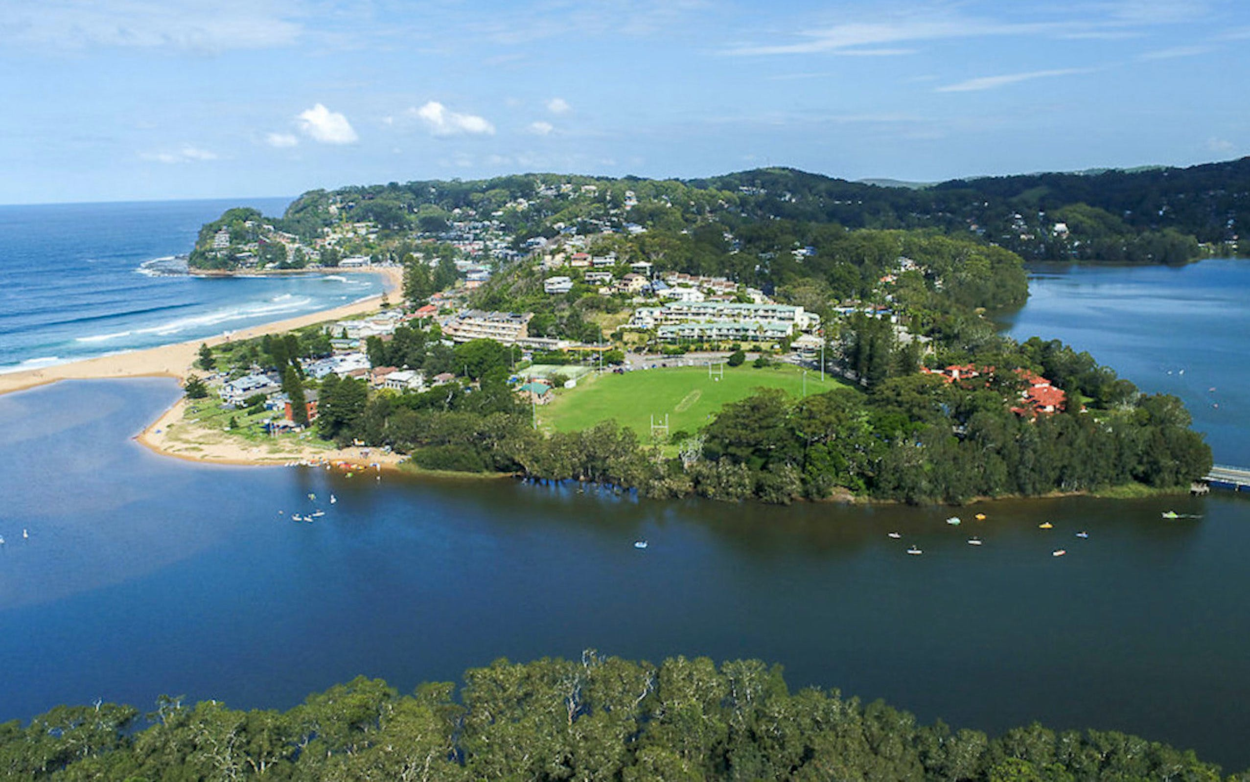 Aquafun Avoca Lake - Newcastle Accommodation