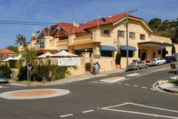 Harbord Beach Hotel - Newcastle Accommodation