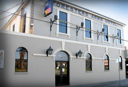 Castello's Foresters Arms Hotel - Newcastle Accommodation