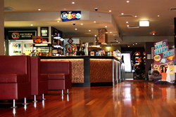 Leighoak Hotel - Newcastle Accommodation