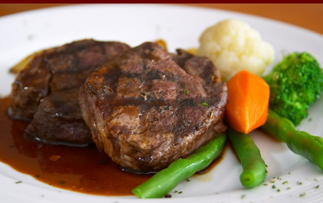 R. G. Mcgees Hotel Restaurant - Newcastle Accommodation