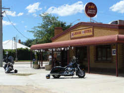 Albion Hotel Swifts Creek - Newcastle Accommodation