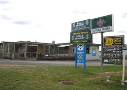 Lilydale Tavern - Newcastle Accommodation