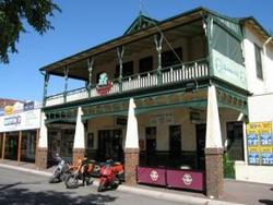 Shamrock Hotel Alexandra - Newcastle Accommodation