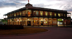 The Grand Terminus Hotel - Newcastle Accommodation
