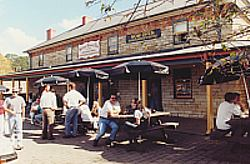 Surveyor General Inn - Newcastle Accommodation