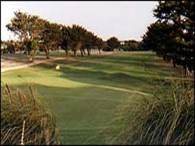 South Lakes Golf Club - Newcastle Accommodation