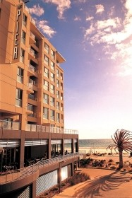 Oaks Plaza Pier - Newcastle Accommodation