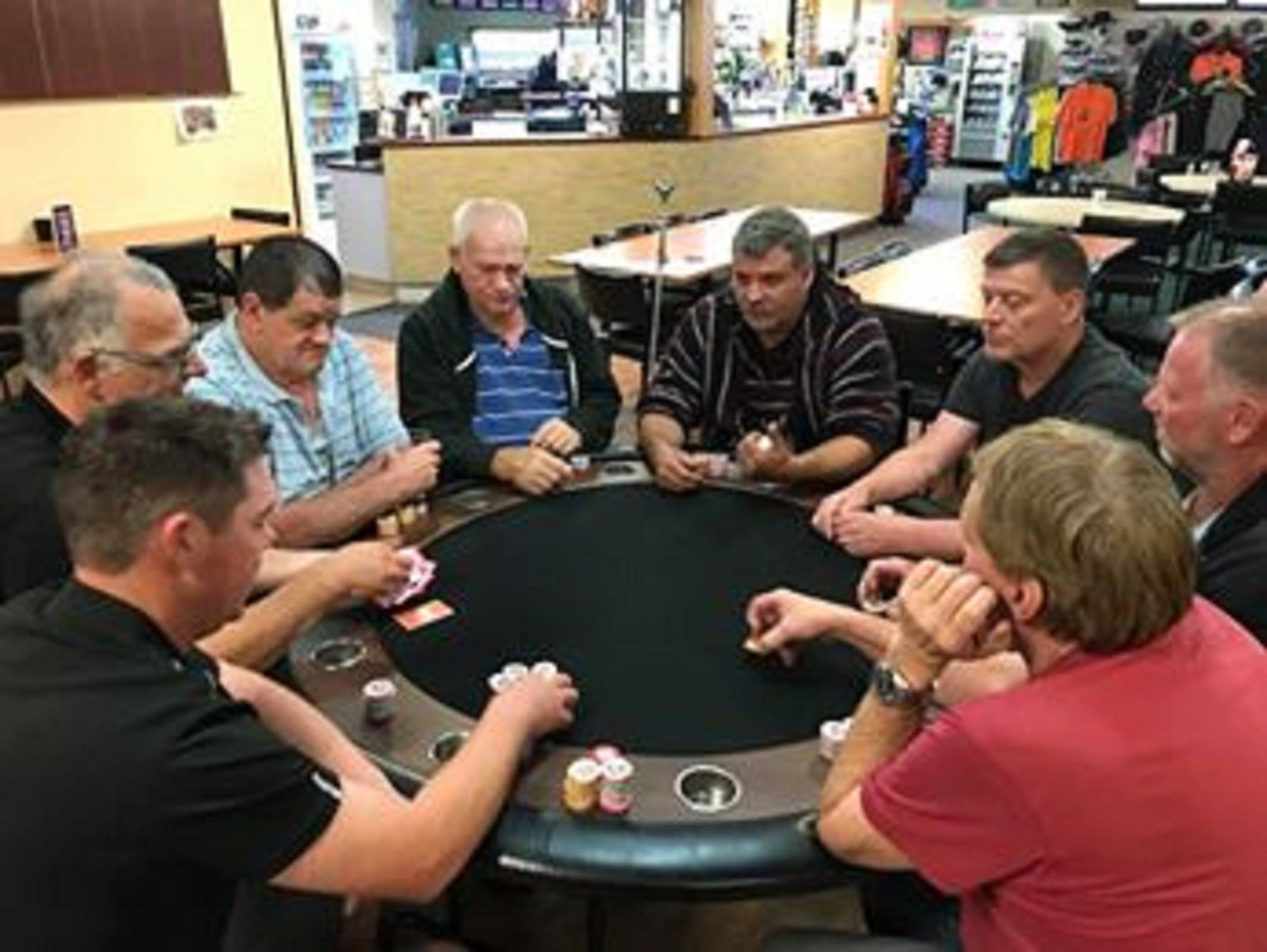 Numurkah Golf and Bowls Club - Poker Wednesday - Newcastle Accommodation