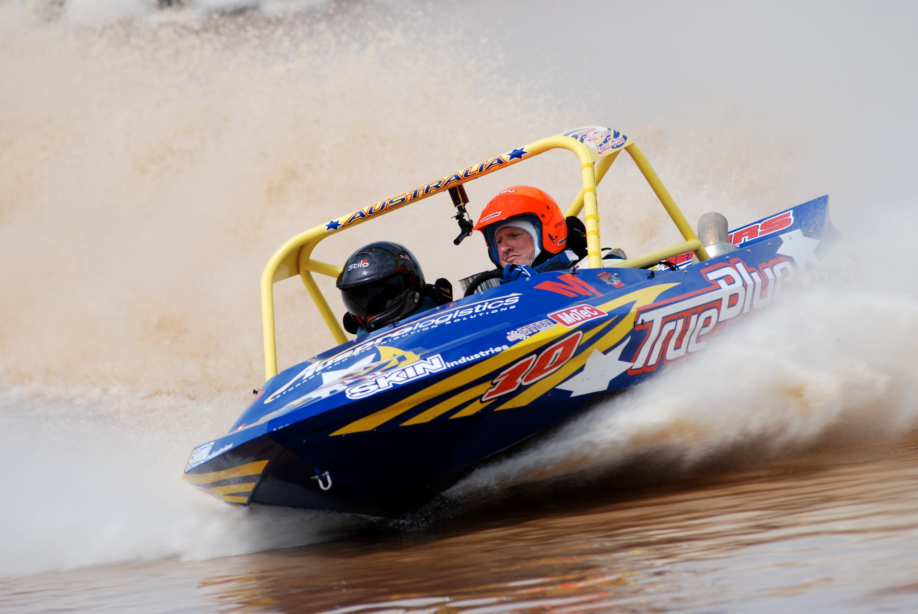 V8 Superboats - Newcastle Accommodation