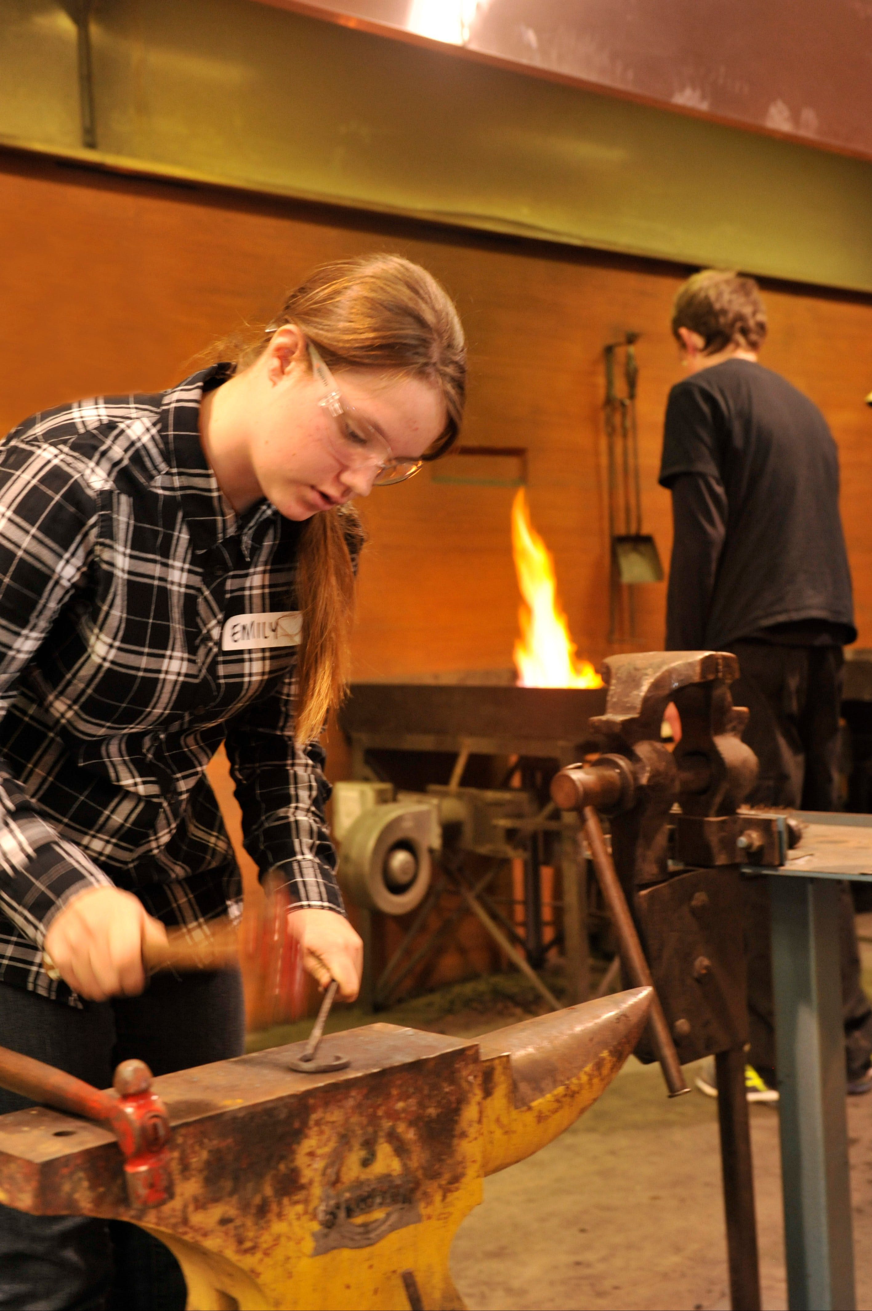 Blacksmithing Teen Workshop - Newcastle Accommodation