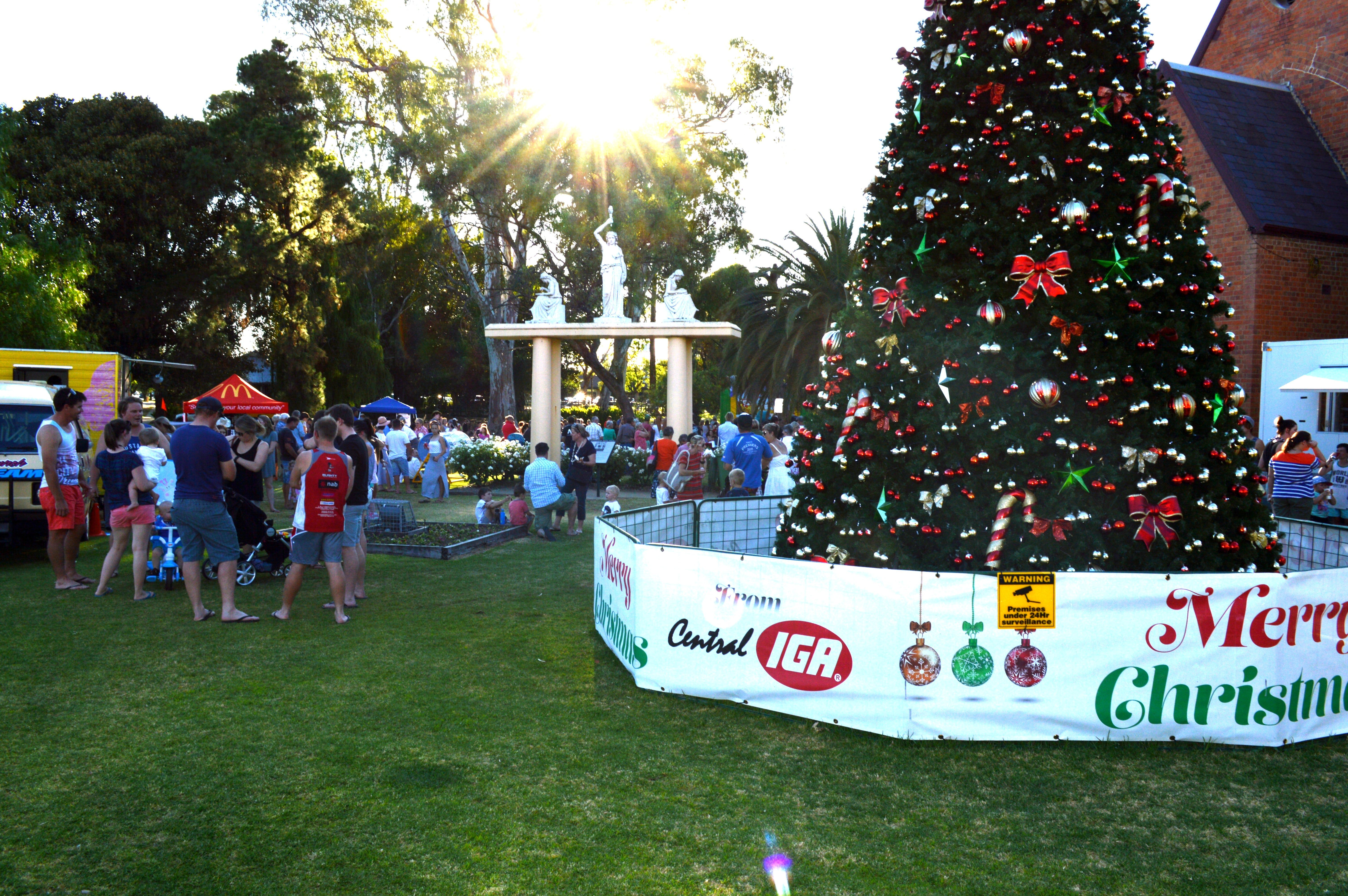 Community Christmas Party and Carols by Candlelight - Newcastle Accommodation