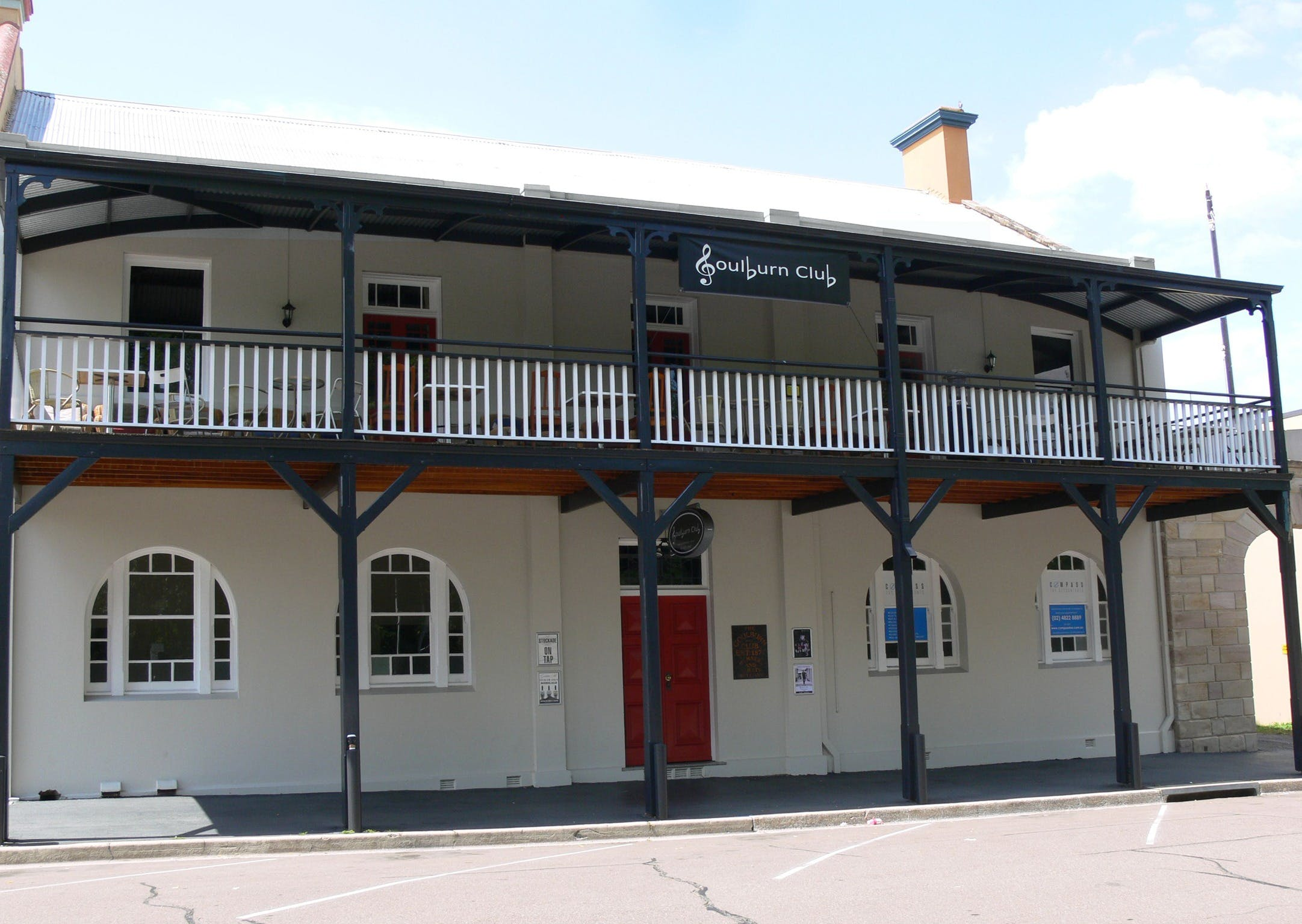 Open Mic Night at the Goulburn Club - Newcastle Accommodation