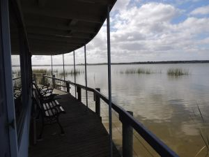 PS Federal Retreat Paddle Steamer Goolwa - Newcastle Accommodation