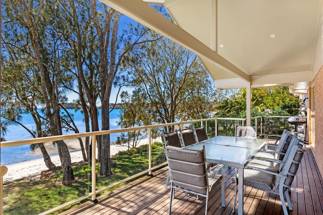 Foreshore Drive 123 Sandranch - Newcastle Accommodation