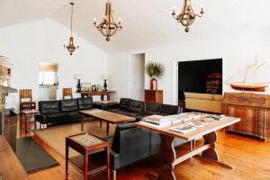 Corunna Station Country House - Newcastle Accommodation